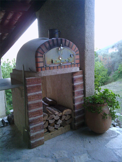 pizziaoli8 Mobile Home Built In Ovens on home stoves, field stream, portal pizza, wood burning, stone pizza, coal-fired pizza, outdoor pizza, wood fire, gourmet pizza,